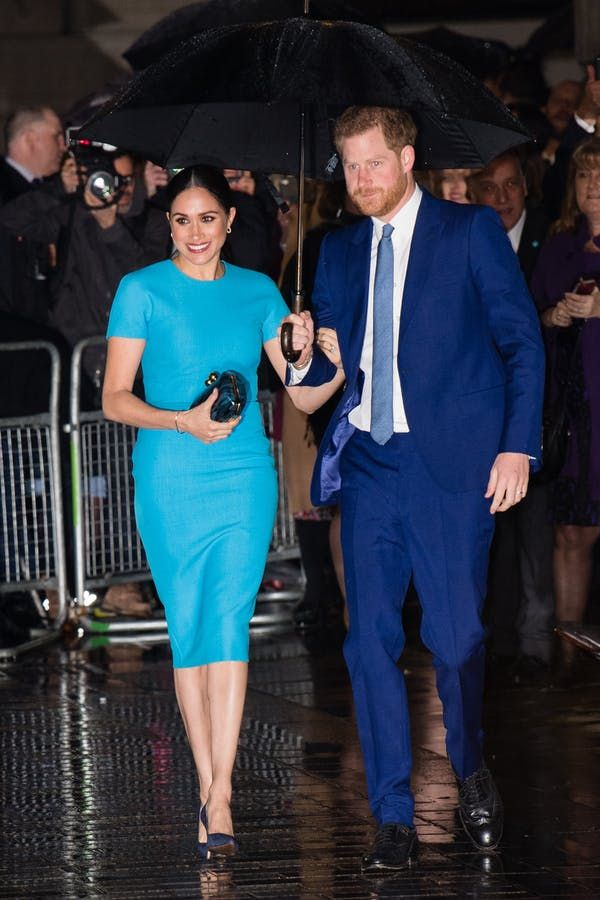 meghan markle prince harry s pda is out of control and we kind of love it in 2020 meghan markle prince harry meghan markle today markle meghan markle prince harry meghan