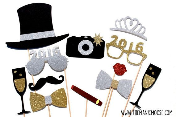 2016 New Years Eve Photo Booth Props  Silver and por TheManicMoose