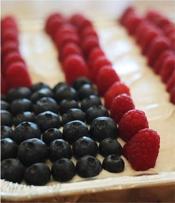 4th of July Lemonade Cake Recipe {yum!}