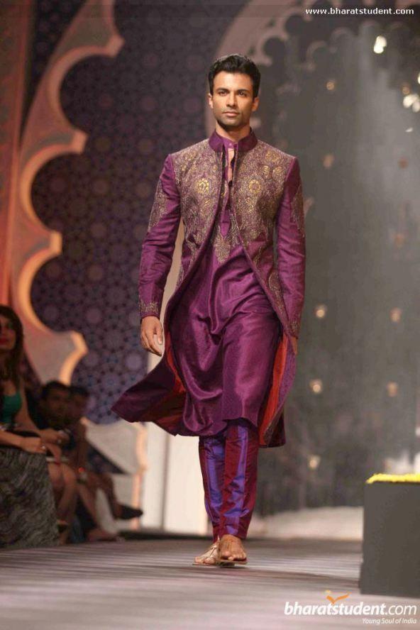groom's sherwani 14