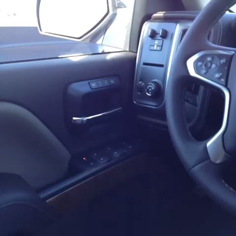 Dash 2014 Silverado Texas edition  https://vine.co/v/hrp9JbMmiQO