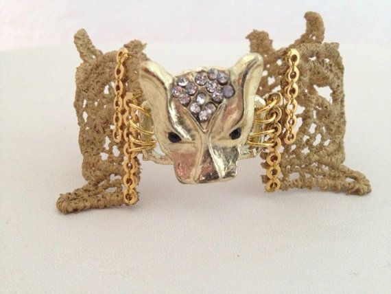 Fashion animal bracelet gold tiger lace and by Pulserasvictorianas, €82.00