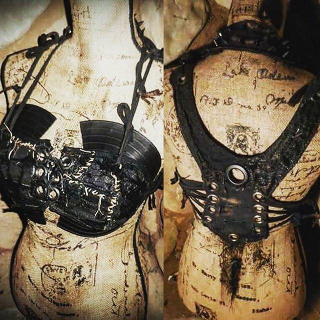New Bodice Today! #scenesick #horrorpunk #heavymetal #customclothing #cosplay #apocalypticfashion #plussize #plussizefashion #cybergoth #gothfashion #gothic #rivethead