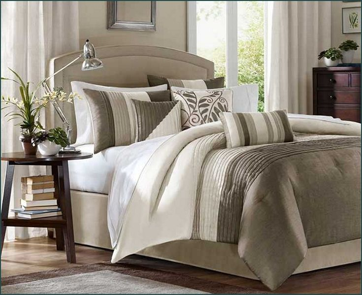 bust of cal king down comforter product selections bedroom design inspirations bed comforter. Black Bedroom Furniture Sets. Home Design Ideas