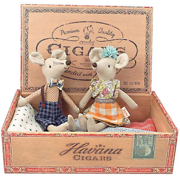 Get ready to play with these sweet mice in their vintage inspired box! The Danish brand Maileg is a lifestyle design company with a modern concept established i