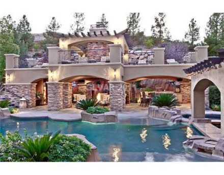 Vegas pool/grotto/lazy river