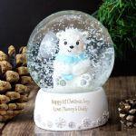 Personalised snow globe http://aromabathbombsandgifts.com/christmas-5-c.asp