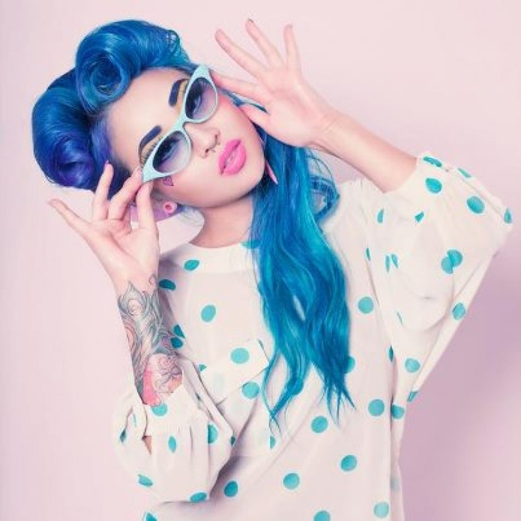 Retro Blue Hair: Hair Colors, Polka Dots, Bluehair, Victorious Rolls, Blue Hair, Thighs Tattoo, Pinup, Pin Up, Retro Style