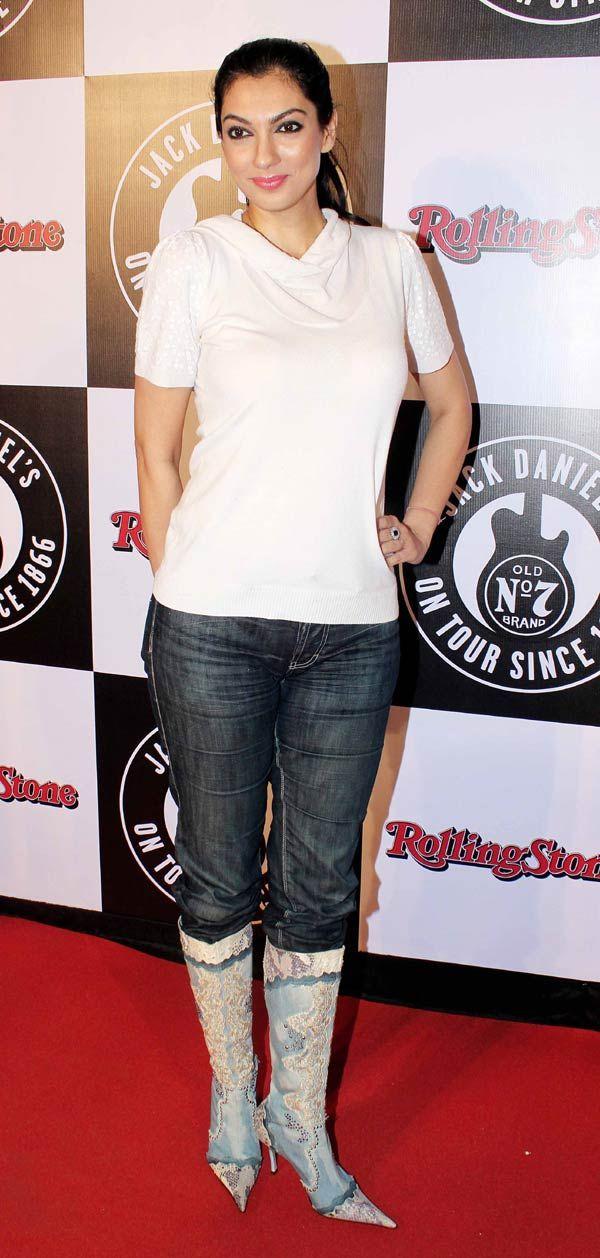 Yukta Mookhey at a music awards event #Bollywood #Fashion