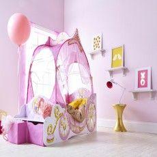 Il lettino Carrozza delle Principesse Disney, un vero e proprio sogno per ogni piccola principessa.