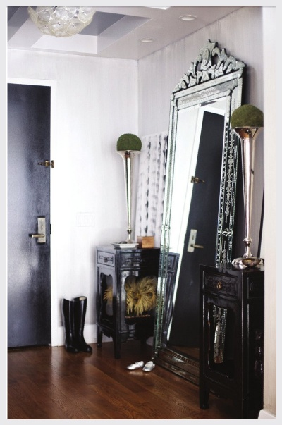 I want that mirror!!