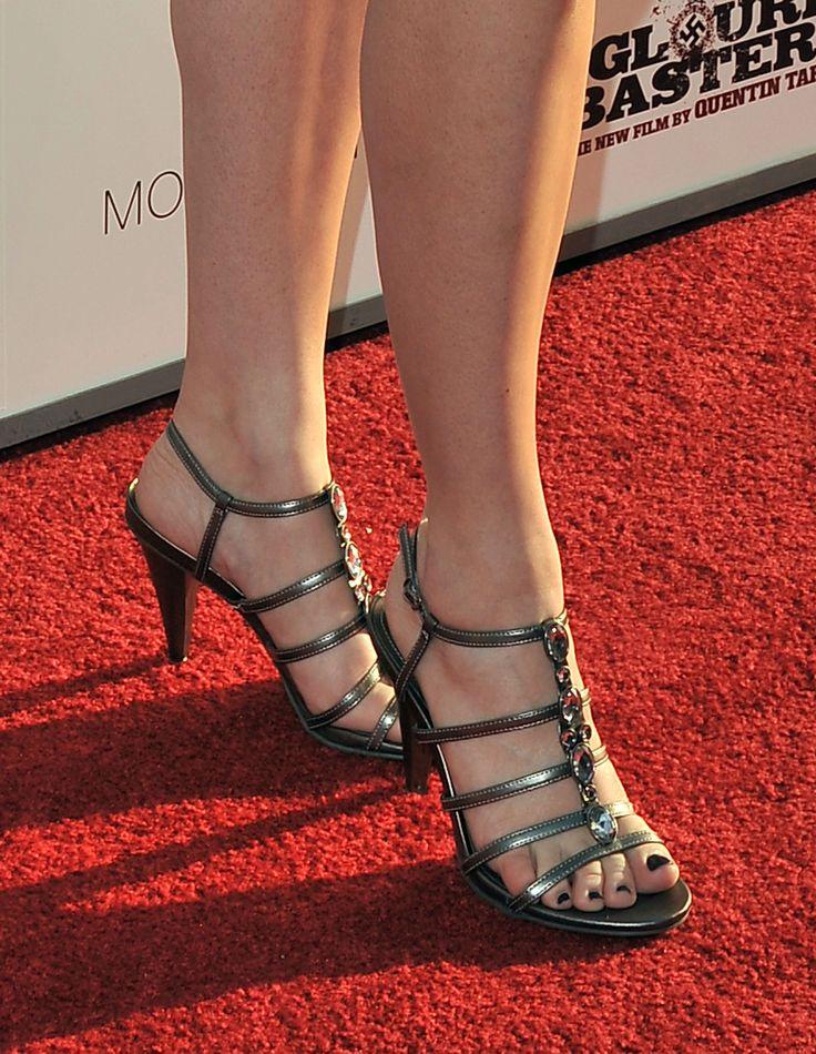 Ms. Jenna Fischer ...XoXo