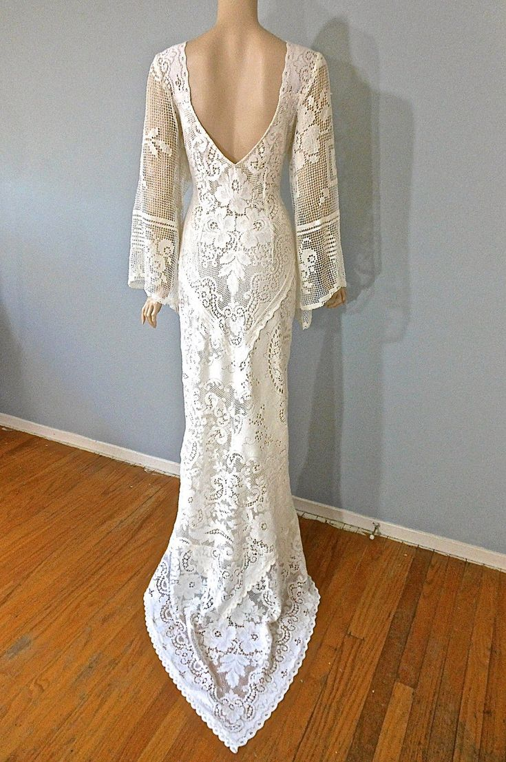 Boho vintage lace wedding dress cream backless wedding for Lace sleeve backless wedding dress