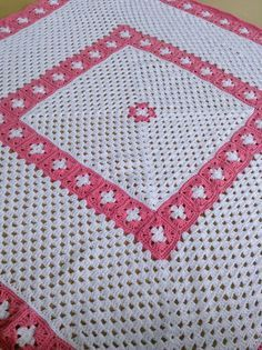 Picture of Vintage Granny Square Layette Crochet Pattern