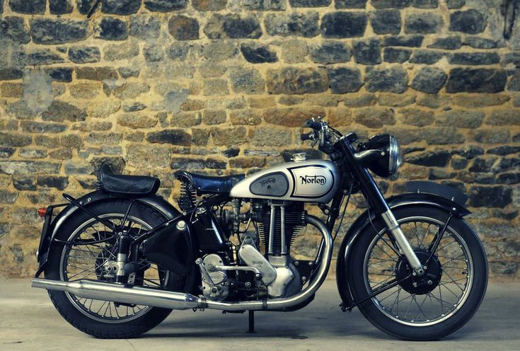 """1948 Norton ES2 (even though """"Norton's and Indians and Greeves just won't do"""" this is a stunning vintage bike! - cb)"""