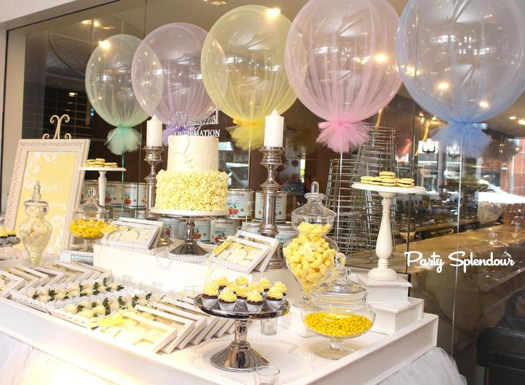 Add a gorgeous & elegant touch to your party with our tulle balloons.  With 3 sizes available, our tulle balloons are suitable for most spaces.