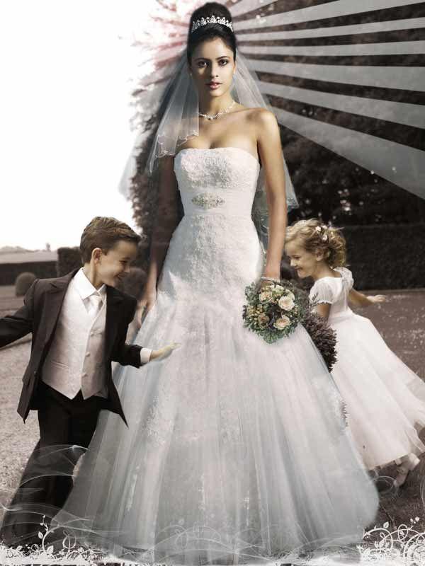 Foto Hahn Dresden #Foto #Hahn #Dresden #begeistert #Hochzeitsfotografie #freut #sich #darauf #Ihre #Hochzeit #abzulichten #Standesamt #Hochzeitsfeier #Außenaufnahmen #Studioporträts #– #kümmert #Sie - Heiraten - Heiraten http://www.meinhochzeitsratgeber.de #hochzeit