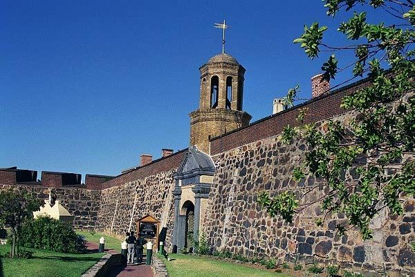 "he Castle of Good Hope was first called the ""Fort de Goede Hoop"". It was built in Cape Town by Jan van Riebeeck, a Dutch merchant sent by the Dutch East-India Trading Company in 1652 to set up a stop-over where traders could stop to stock up on fresh vegetables and meat en route from Europe to Asia."