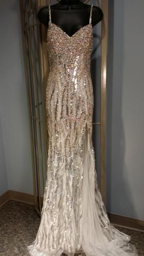 Pageant Resale :: NEW Mac Duggal Gown