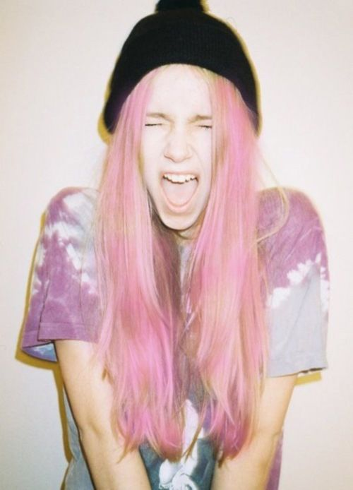 pink :3