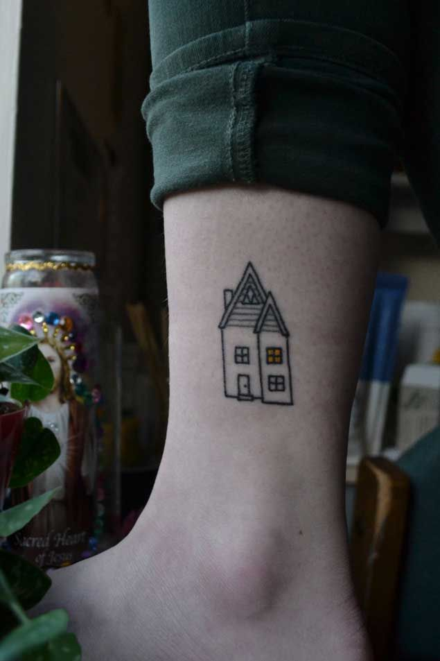 40 Tiny Tattoos That Prove Bigger Isn't Always Better