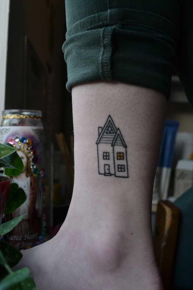 40 Tiny Tattoos That Prove Bigger Isn't Always Better