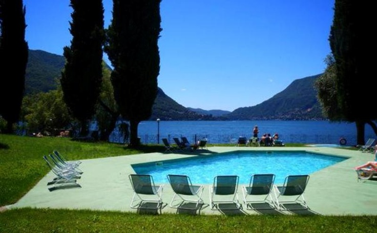 Che ne dici di una giornata sul #lagodicomo? Relax, Sole, Divertimento e una cena per due! Partecipa al concorso fotografico di #lakecomotourism