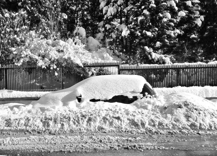 #winter #snow #snowed #city #citylife #mycity #blackandwhite #blackandwhitephotography #mobilephotography #car #czech_world #insta_czech #instadialy #igraczech #igers #igerscz #sudetenland #sudety #reichenberg #liberec