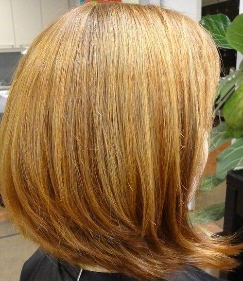 vaalean kupariset hiukset