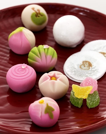 New Year's Japanese Wagashi Cakes 浜口長生堂 春の上生菓子