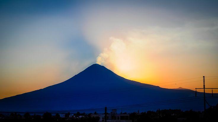 Popocatepetl (March 19th, 2014) by Eduardo De la Vega on 500px
