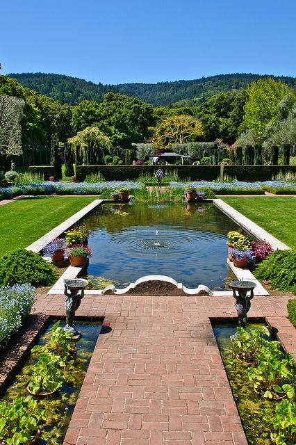 Filoli Gardens and mansion tour (check it out)