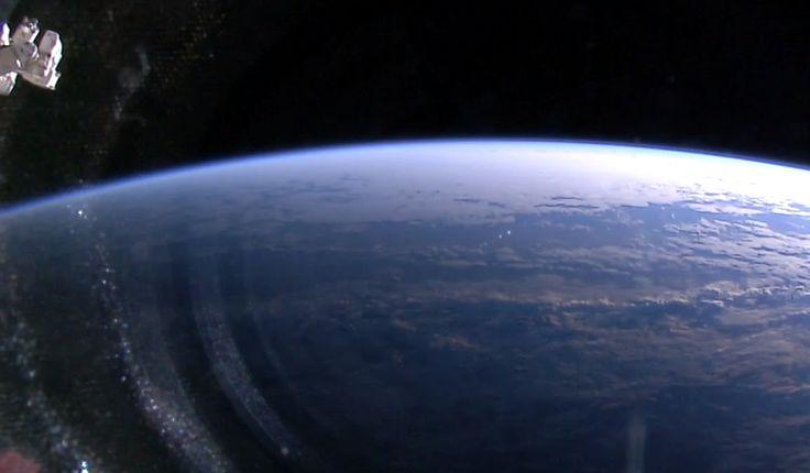 Découvrez de superbes images en direct de la Terre vue depuis l'espace ! #Nasa #ISS