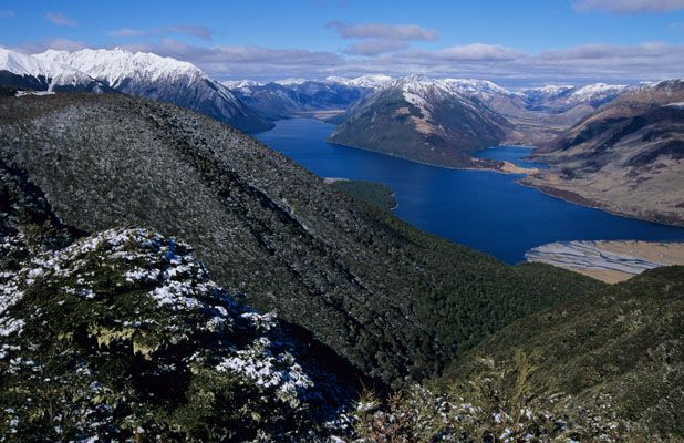 Lake Sumner, Sth Island, NZ