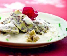Ravioli al radicchio rosso e noci in crema di taleggio