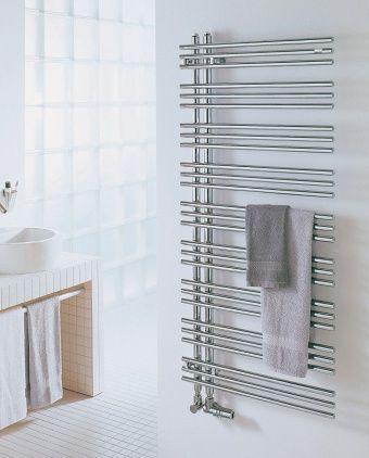 die besten 25 handtuchheizk rper ideen auf pinterest badezimmer handtuch heizk rper. Black Bedroom Furniture Sets. Home Design Ideas