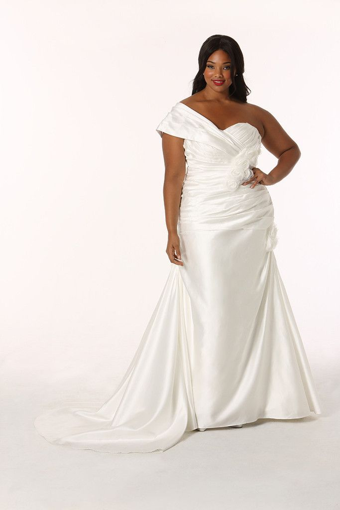 89 Best Images About Wedding Dresses Full Figure On Pinterest