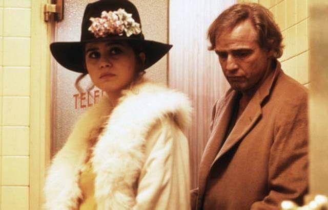 برناردو برتولوچی کارگردان صاحب سبک ایتالیایی اعتراف کرد که مارلون براندو بازیگر مشهور آمریکایی به ماریا اشنایدر به طرز نامتعارفی تجاوز میکند.