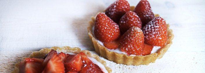 Gluten-Free Strawberry Tart with Sukrin Almond Flour