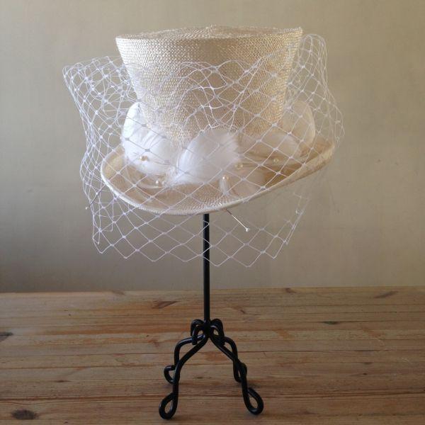 Wedding hat(mini) 型から起こしたオリジナルミニハット。羽、パール、ネット#hat #tophat