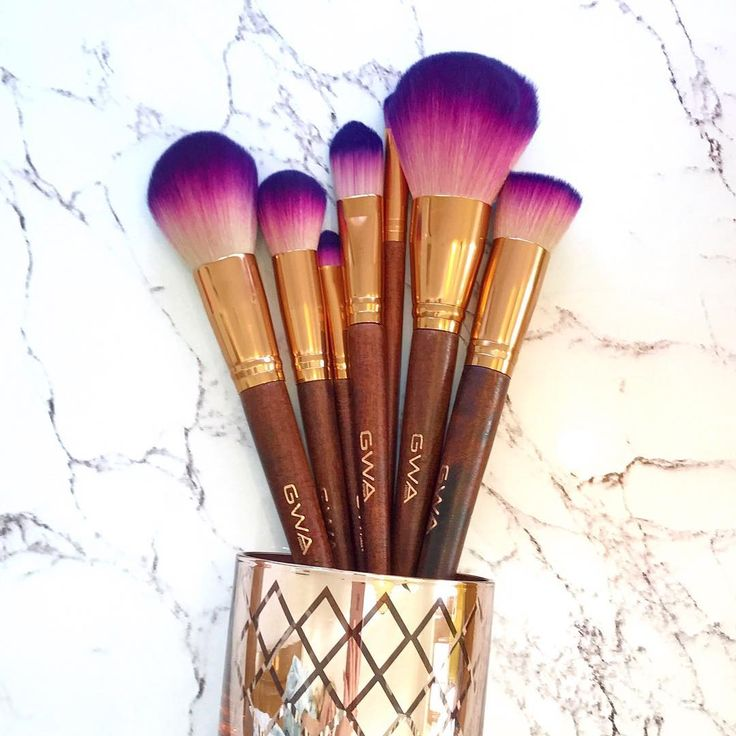 Cruelty free & vegan friendly makeup brushes. Fairytale collection - rose gold and purple ombre brushes available individually or as a set. Ideal gift for Christmas! www.girlswithattitude.co.uk #GWALondon