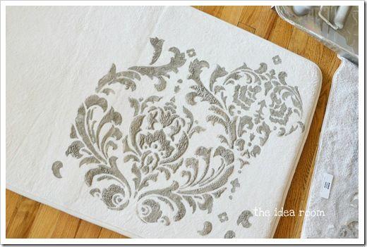 paint a bath mat idea... love!
