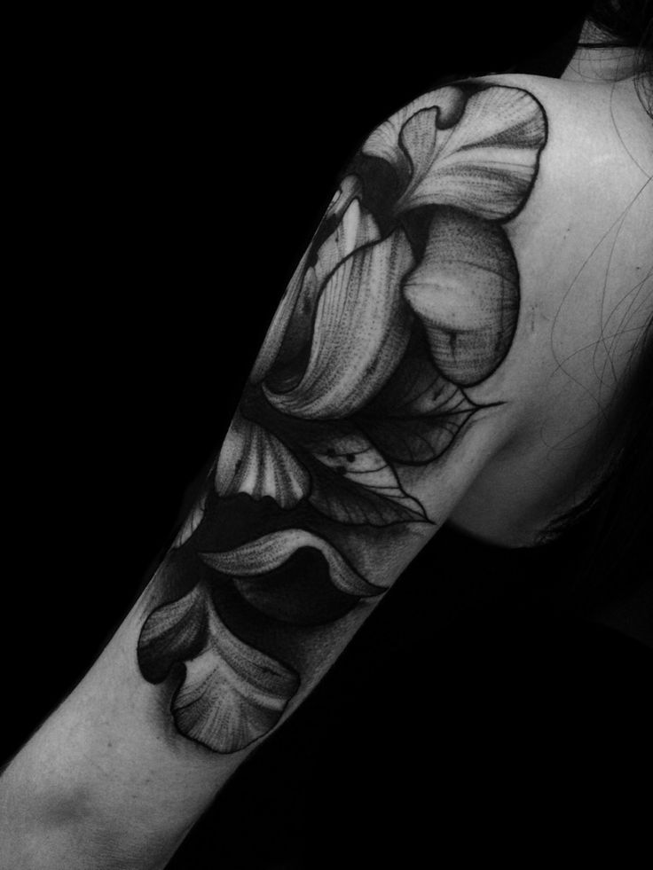 Flowers Black worck Tattoo by @adrian.higuita