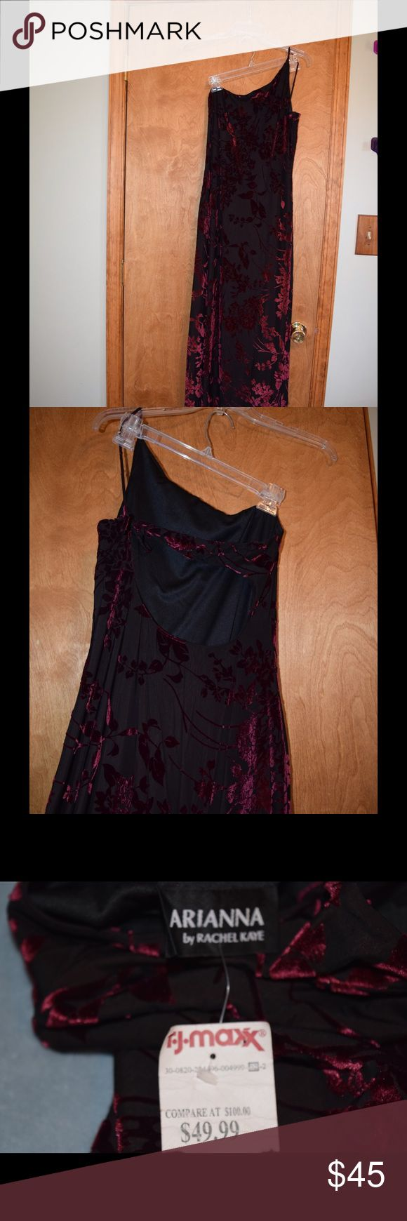 Arianna by Rachel Kaye formal dress Arianna by Rachel Kaye long black formal with rose colored floral design. Brand new with tags, never worn. Bought at TJ Max form$49.99 compared to $100 at department stores. size 10/12. Arianna by Rachel Kaye Dresses One Shoulder