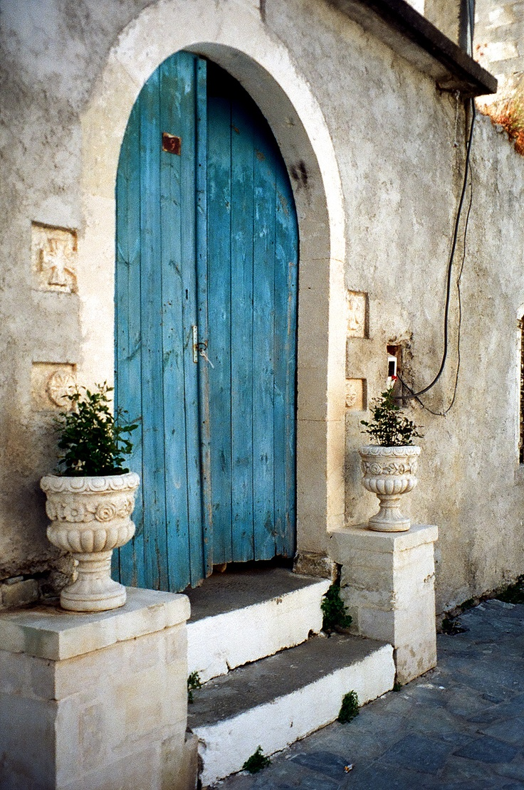 I like colorful doors! Crete, Rethymnon