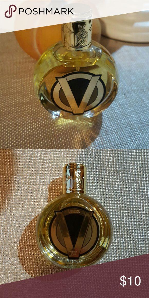 Usher eau de Toilette spray (men) Love the scent. Used twice. Usher  Accessories