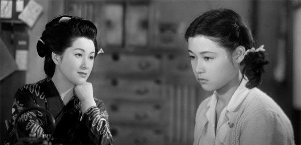 Wakao Ayako (若尾文子, at right) 1933-, Japanese Actress