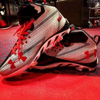 What Pros Wear Bryce Harper (Cleats, Bat, Glove, Batting Gloves ...