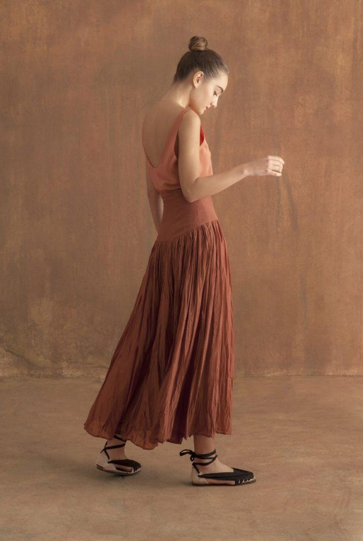 Top Mala con falda Trigo
