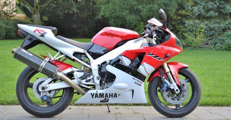 Yamaha R1 aangeboden in de Facebookgroep www.facebook.com/groups/motorentekoopmt #yamaha #yamahar1 #motortreffer #motorentekoopmt #motoroccasion #motoroccasions #motorverkoop #motoren #motorverkopen #motorinkoop #motorzoeken #motorenzoeken #motorzoeker #motorexport #motorimport #motorinkopen #toermotoren #racemotoren #circuitmotoren